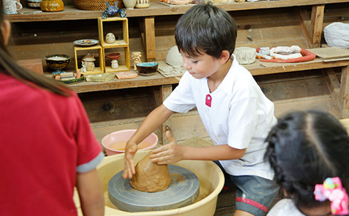 img_activities_potterymaking