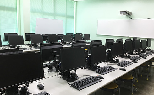 img_facilities_computer-room