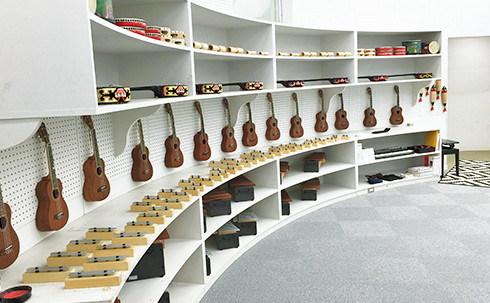 img_facilities_music-room_02